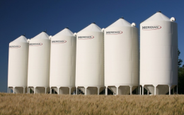 Grain Max Hopper Bins